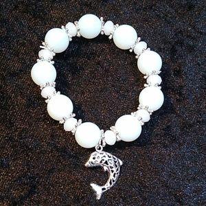 Jewelry - Bracelet White Iridescent Beaded Silver Dolphin